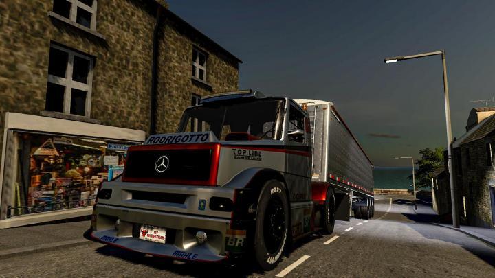 FS19 - Mercedes-Benz Formula Truck V1