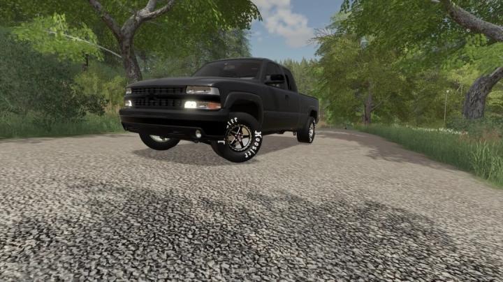 FS19 - 2002 Silverado Street Truck V1.0